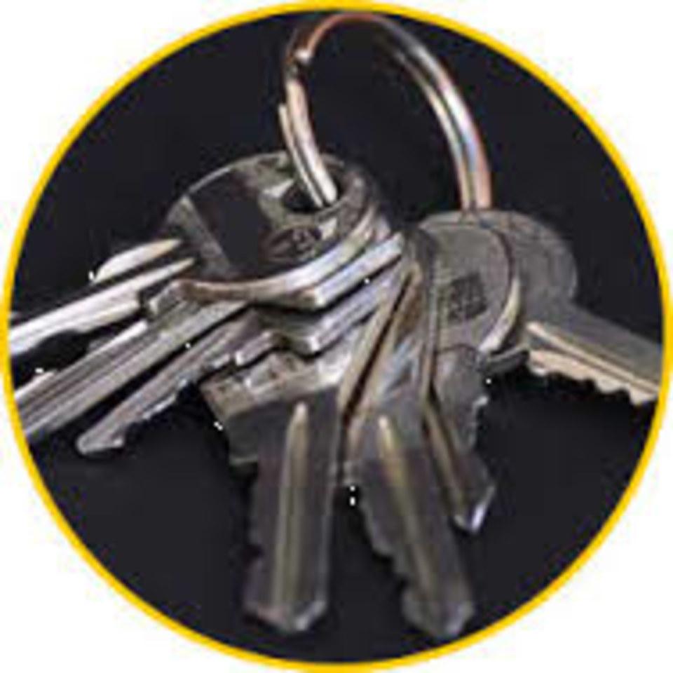 Atelier de reproduction de clés en magasin